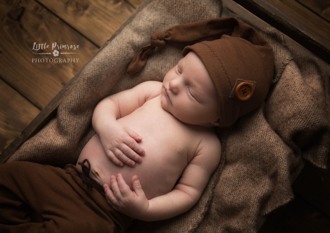 newborn baby photographer - Sandbach, Cheshire -