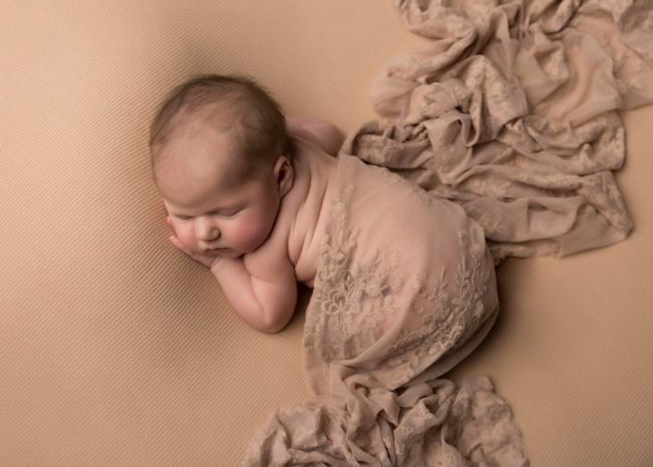 Madeleine_Newborn-3