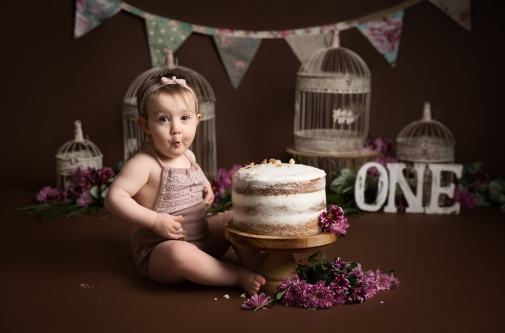 Emilia Cake Smash-25