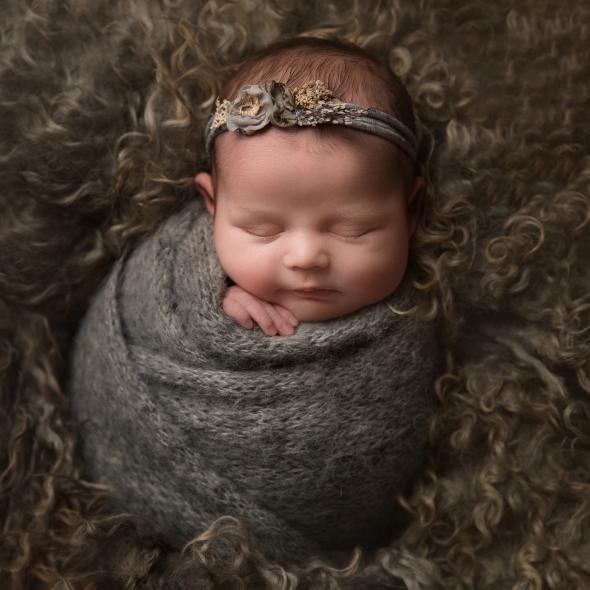 Evie_newborn-34