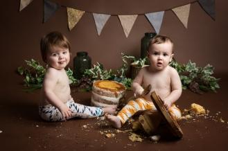 Seth and Rory Cake Smash-6